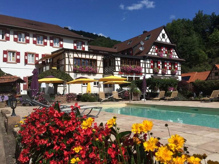 Hôtel-Restaurant & Spa Au Cheval Blanc