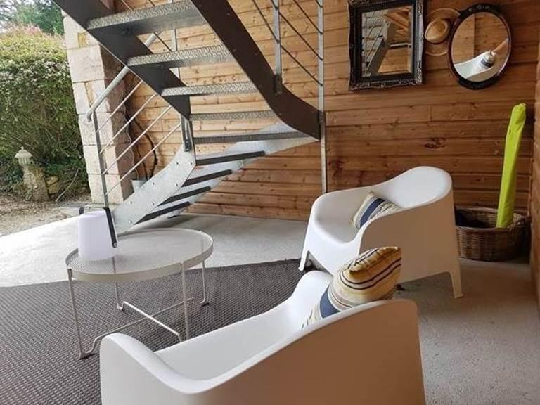 Profiter du salon extérieur, La Loge du Grand Cèdre 17100 Fontcouverte