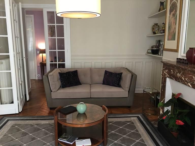 Salon sofa nouveau