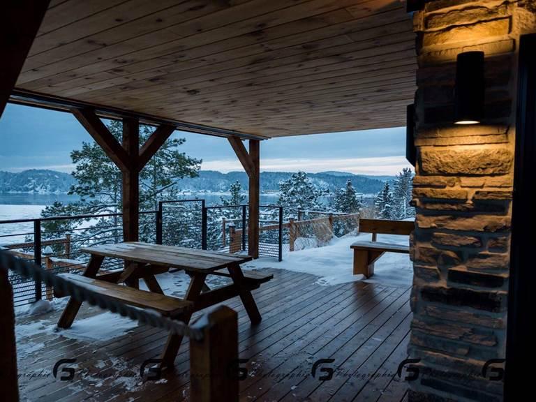 porte patio 12 pieds avec terrasse privée et BBQ 4 saison