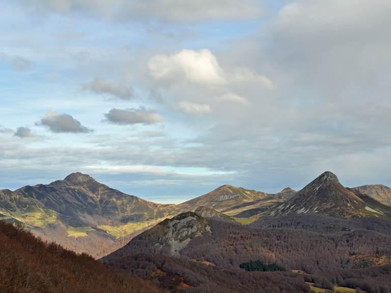 Le Peyre Arse et le Puy Griou en novembre