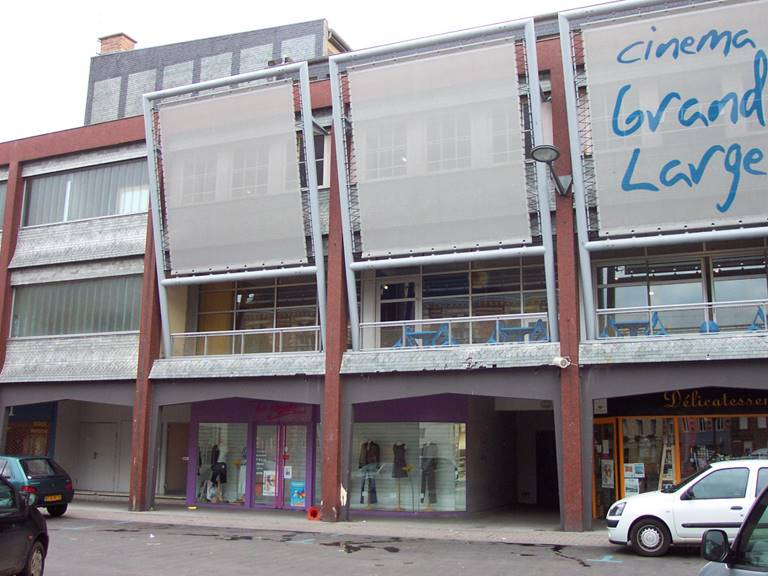 cinema-le-grand-large-et-halle-marchande