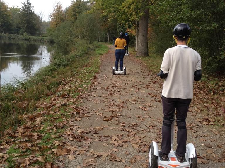 Equpe de pilotes bords de canal entre Saint Grégoire et Betton.