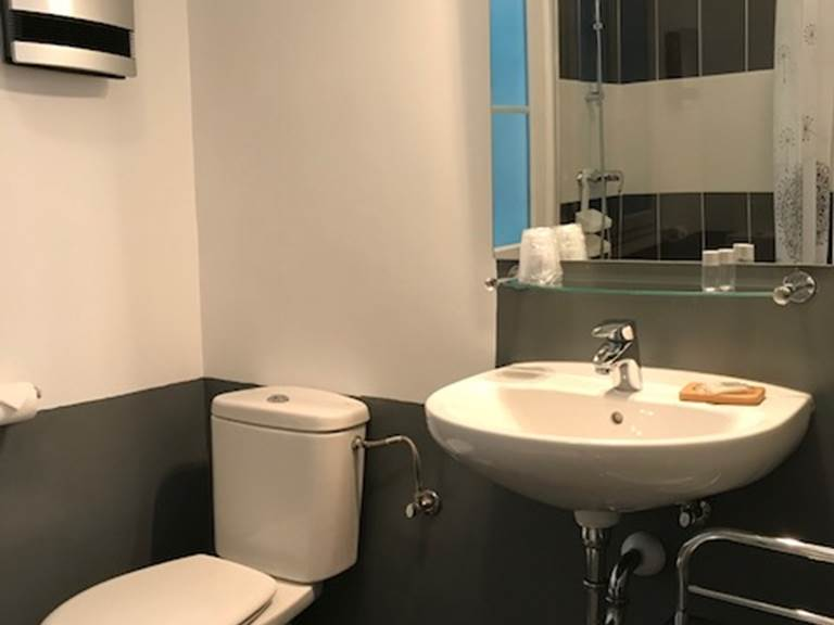 Chambre double confort Salle de Bain