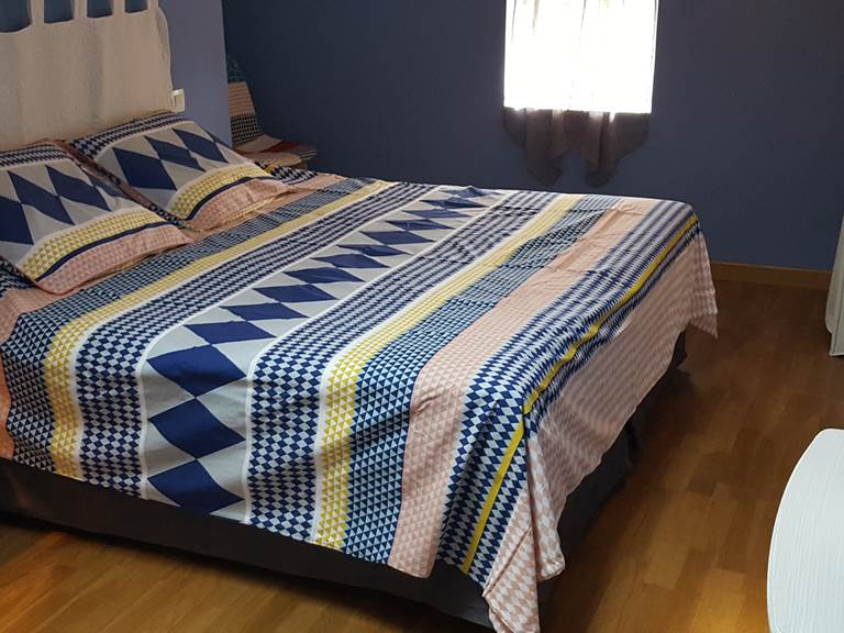 Bleuets  1 grand lit King size