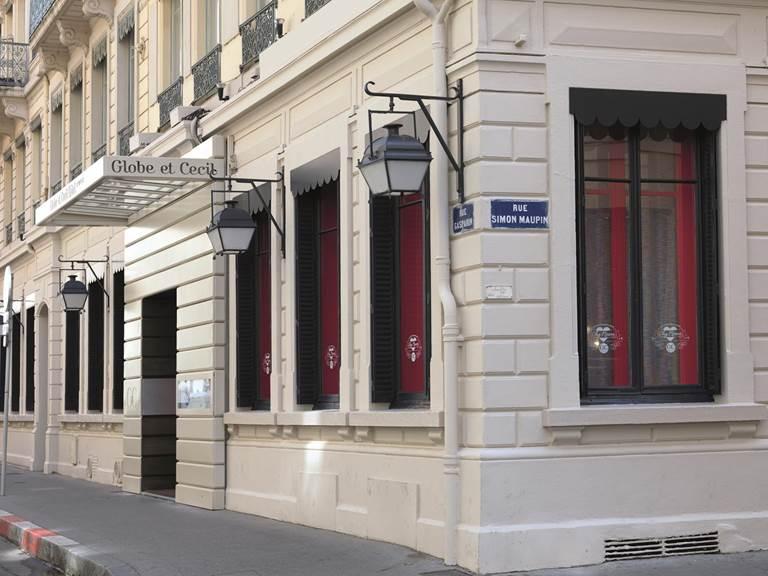 Globe et Cécil Hôtel