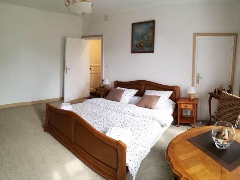 Suite Châtaigne Chambre 1