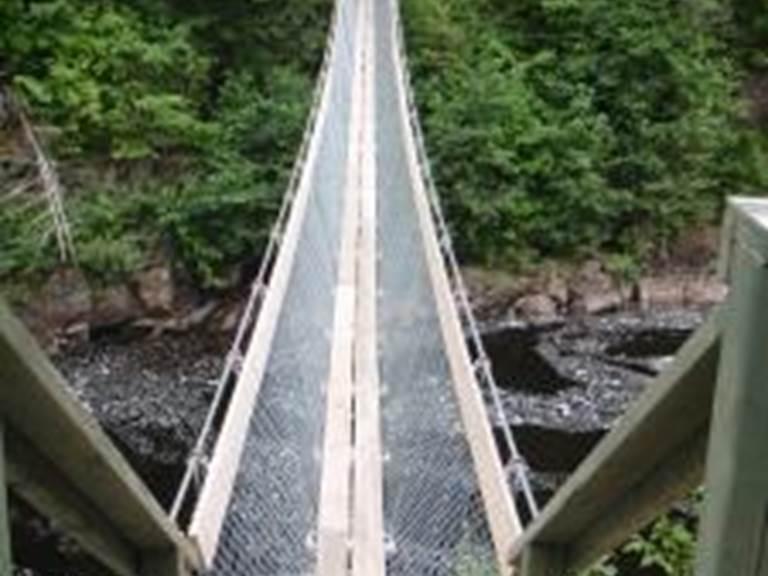 SENTIER PÉDESTRE DU LAC KÉNOGAMI Saguenay - Lac-Saint-Jean