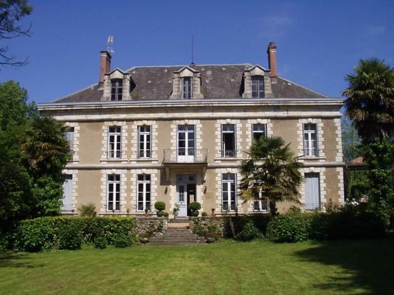 Château de Bezincam