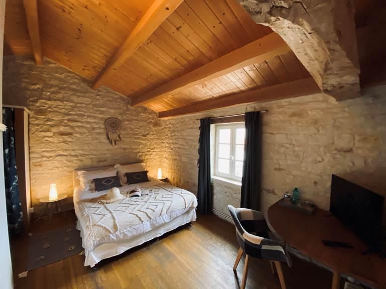 Chambre d'hôte NOIR & BLANC (15 M2) à la Rochelle Lodge