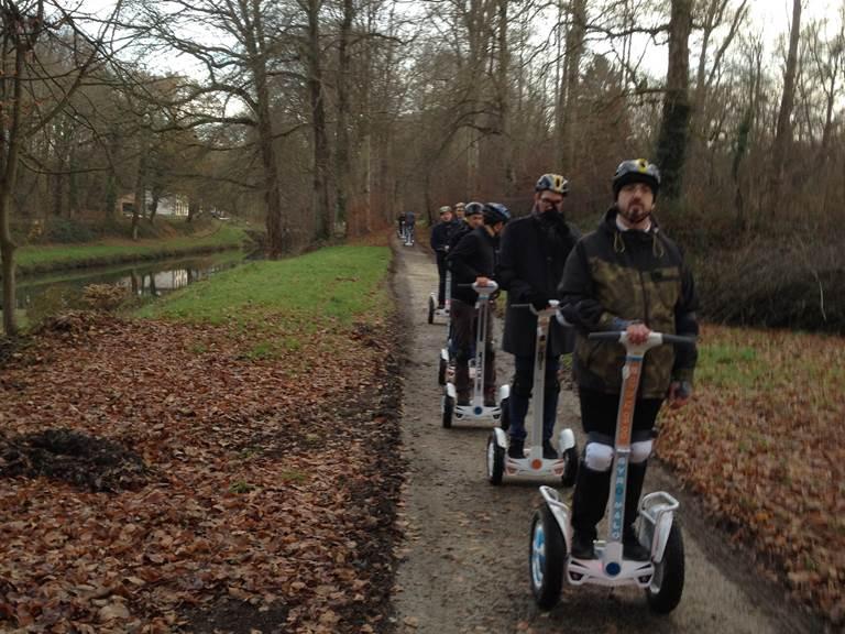 Equipe bord de canal , 11 écluses de Hédé vers étang de Bazouges. 122012
