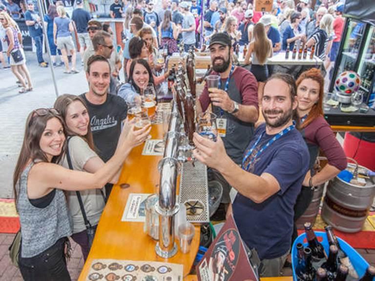 festival-des-bieres-du-monde-de-saguenay-festivaliers