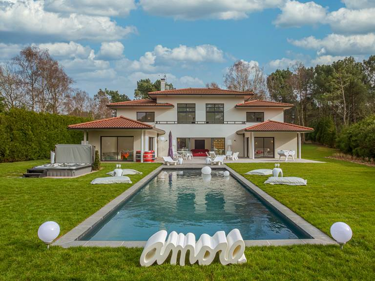 Villa HZ