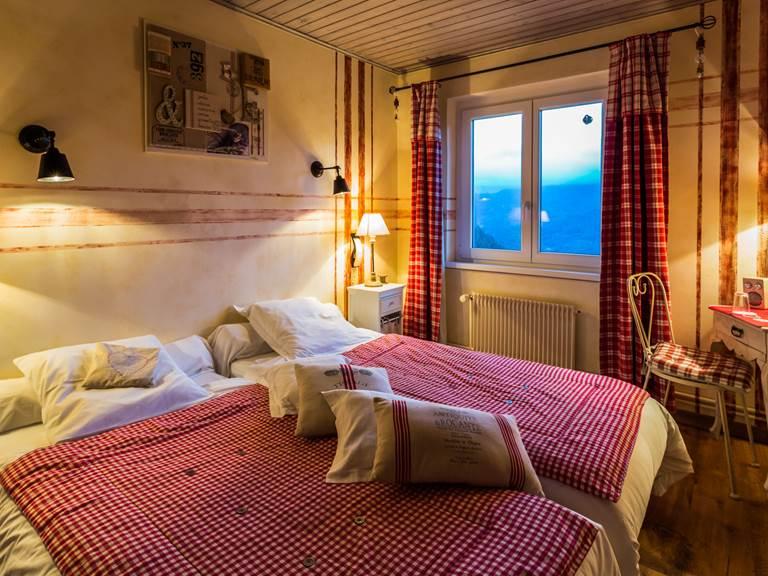 chambre lin et ficelle, vue panoramique massif des vosges lac de kruth