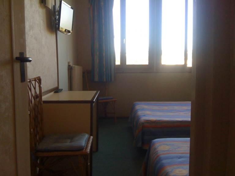 chambre triple à proximité de tulle pas cher