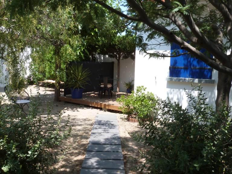 Alba Studios, Saint Cyprien,  jardin Alba 1