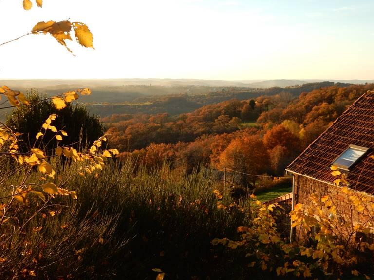 Vue sur la vallée et Turenne