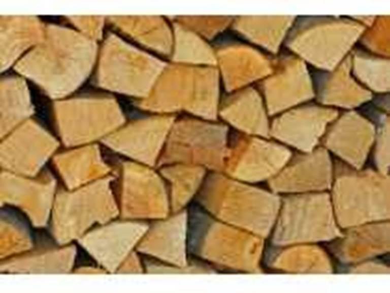 Unquartdecorde de bois chauffage