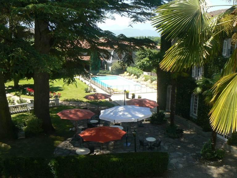 La terrasse et sa piscine