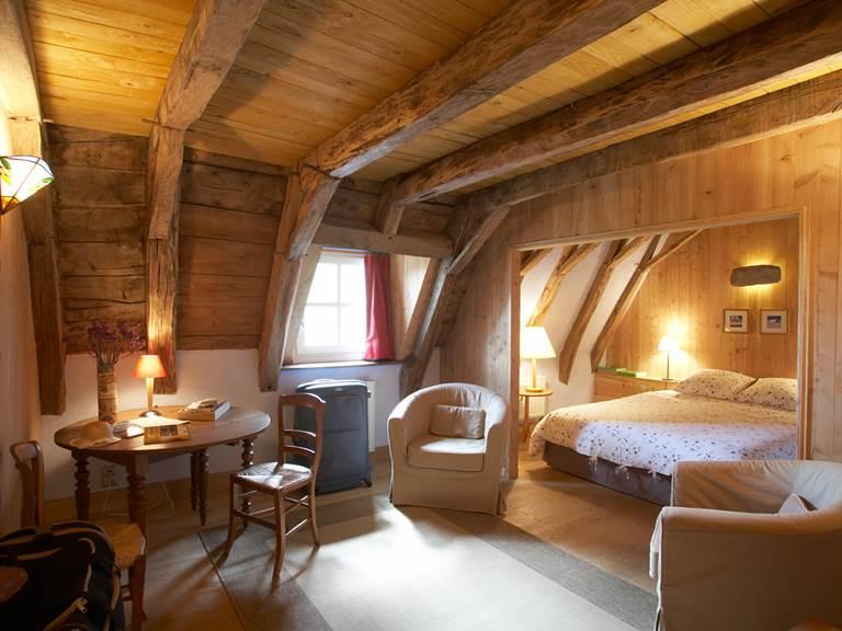 Suite de Marguerite et Etienne, chambre principale avec salon