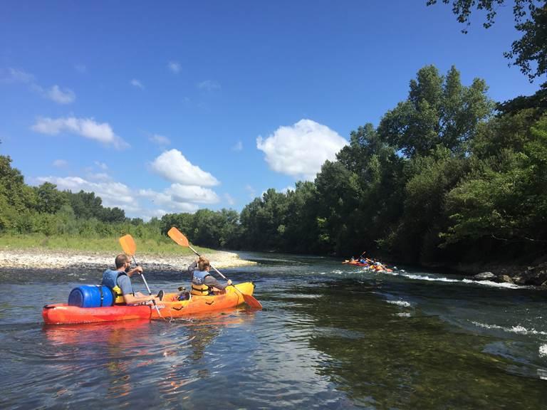 2XAventures-eau-vive-canoe-gave -loron