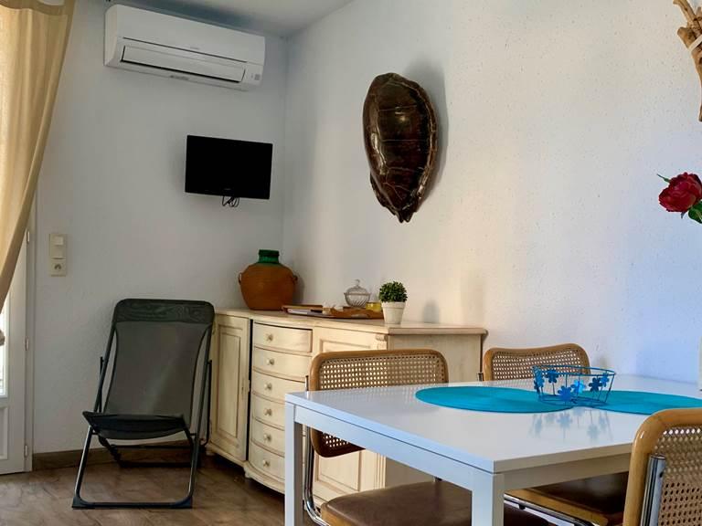 13 4 personnes terrasse cuisine accès fauteuil
