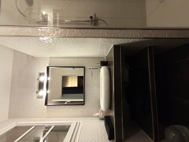 Touline salle de bain 1