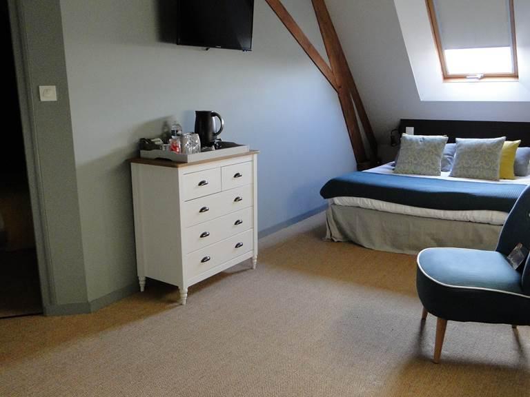 La chambre Guillaume, cosy, cocooning, tranquille, nid douillet, sérénité....