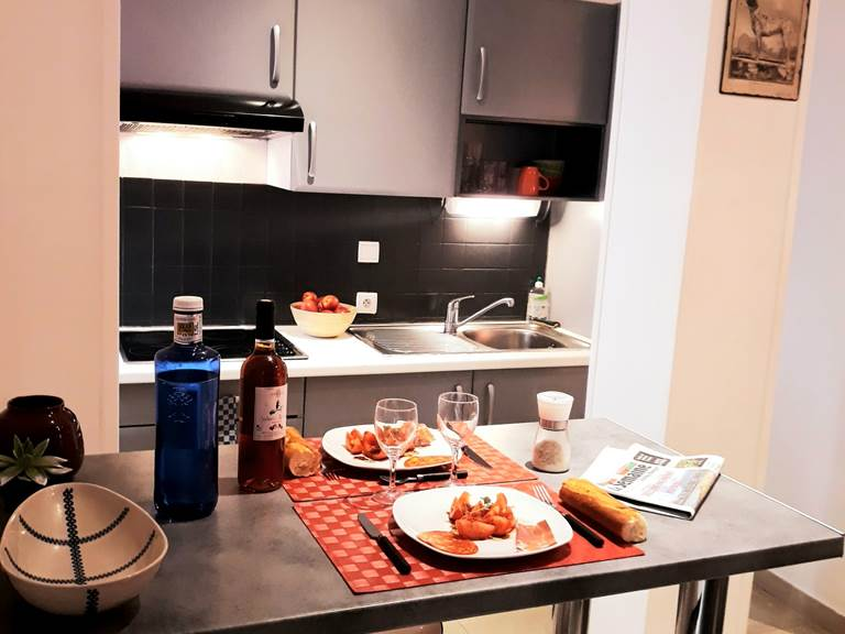 studio 2 personnes kitchenette