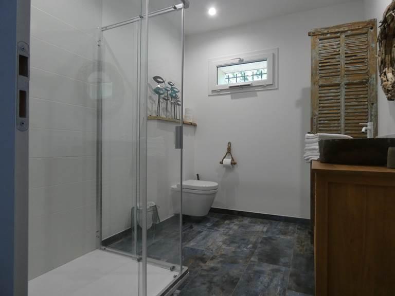 Le Partage des Eaux salle de bains