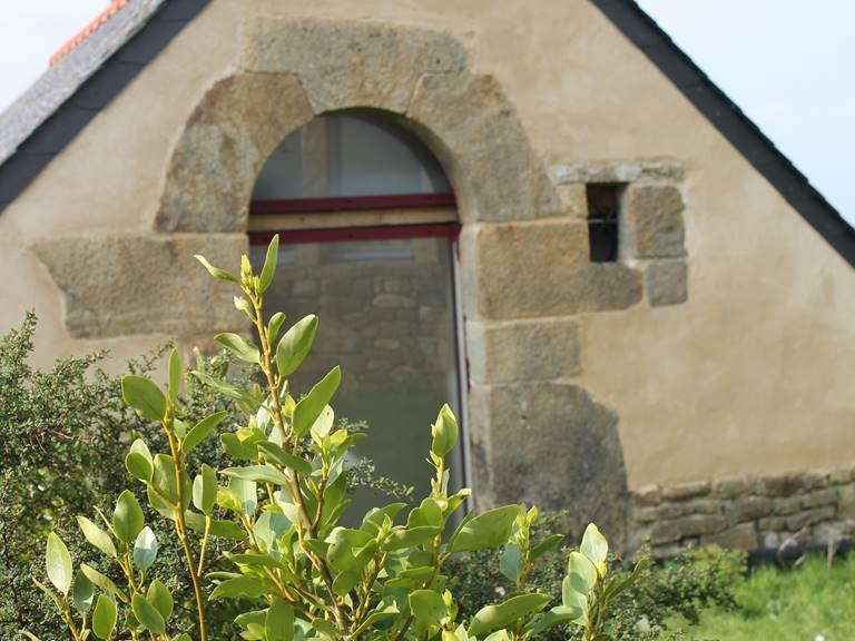 gouelet-ker chambres et gîtes, porte typique du 17 ème siècle