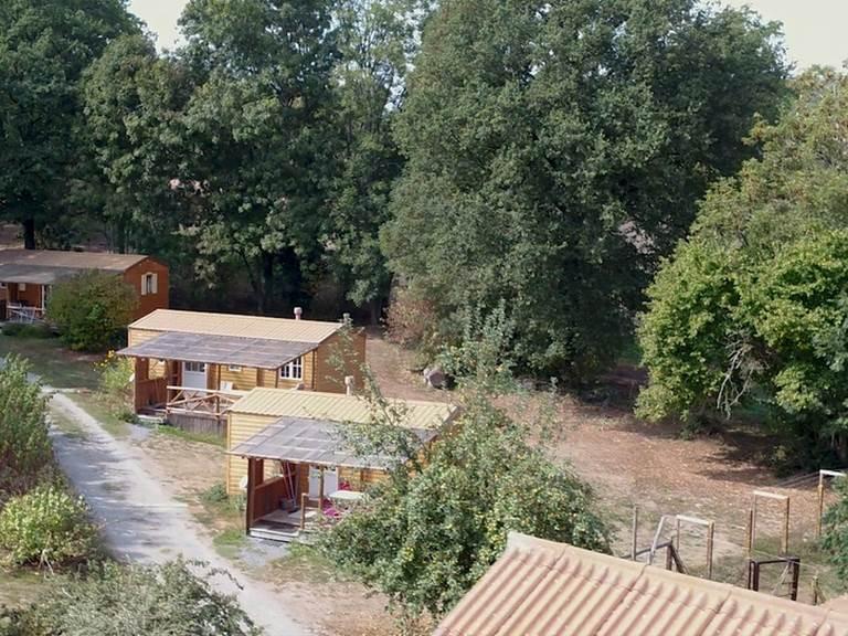les bungalows avec vue sur les paddocks