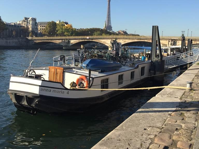 péniche Anna Maria 4 sur la Seine