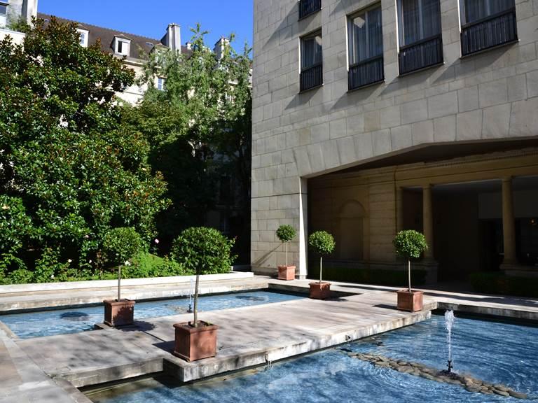 ASSIA & NATHALIE Luxury B&B Paris Marais