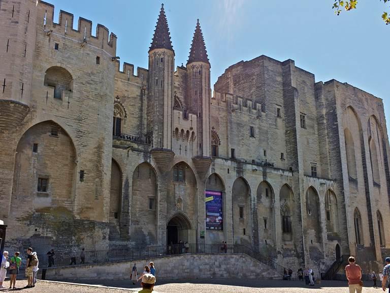 Le Palais des Papes à Avignon m