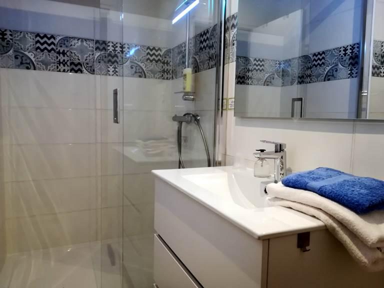 salle de bains chambre Maronne (1)