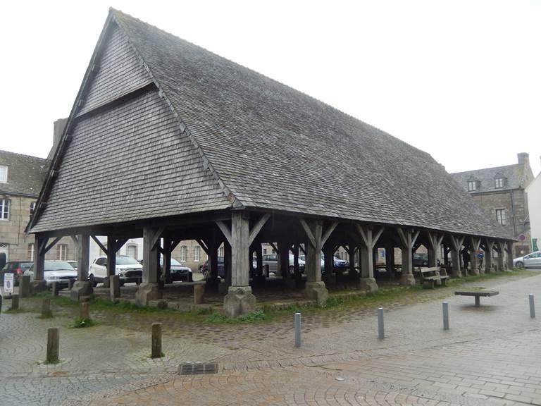 halle de Plouescat