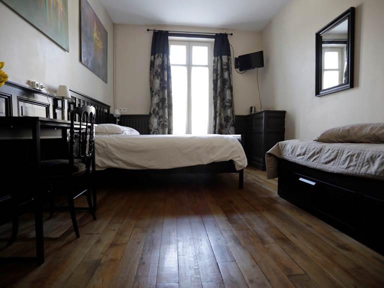 la_petite_cour-bouquet-chambre-virginie-roussel-photographies