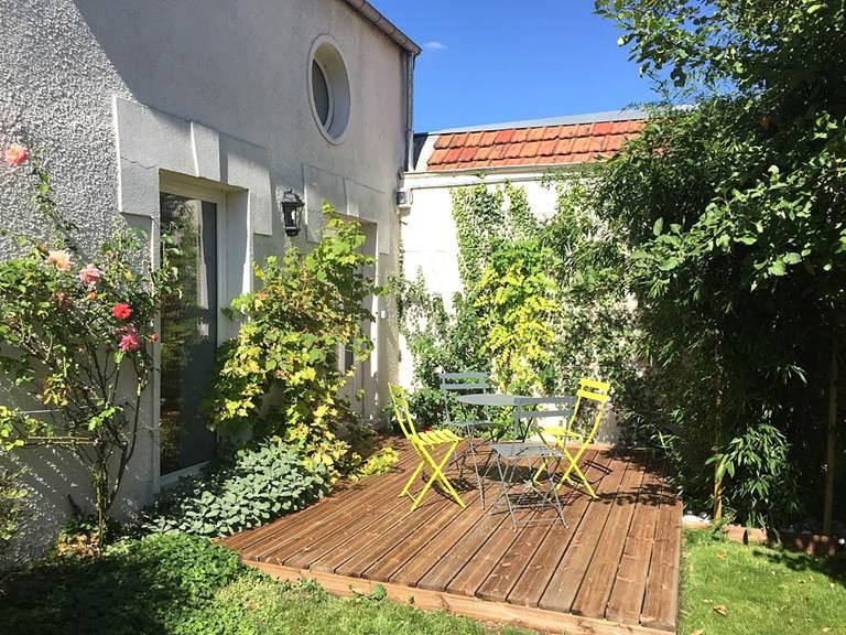 Terrasse du gîte Pivoine