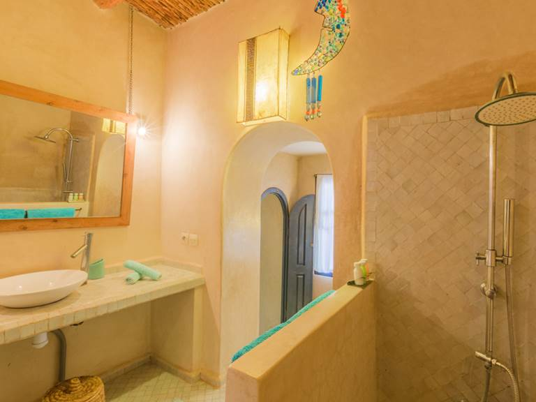 Riad Baoussala Essaouira - suite Bleue - salle de bain