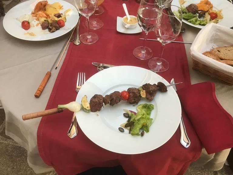 Le Jardin des Lys - Barbecue à table!