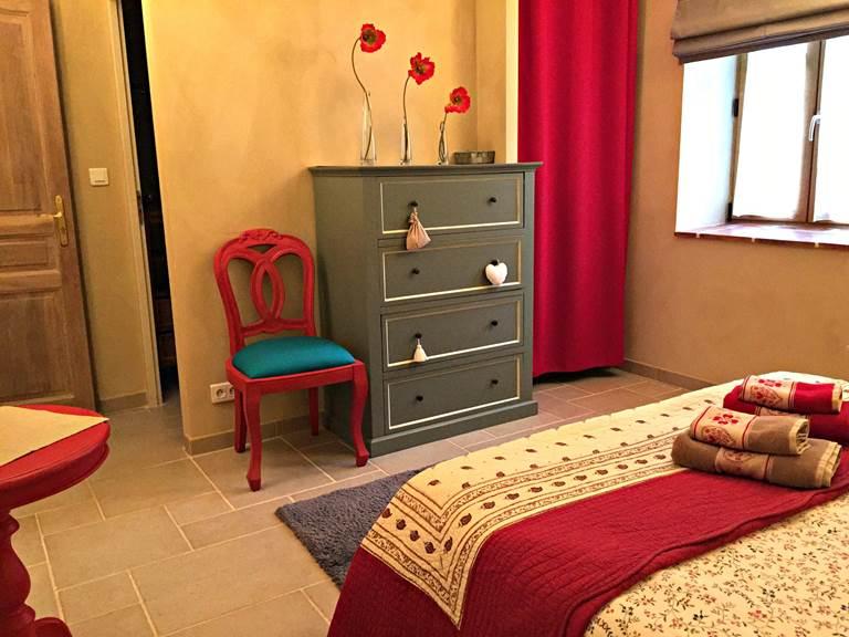La chambre Coquelicots, grand lit de 160