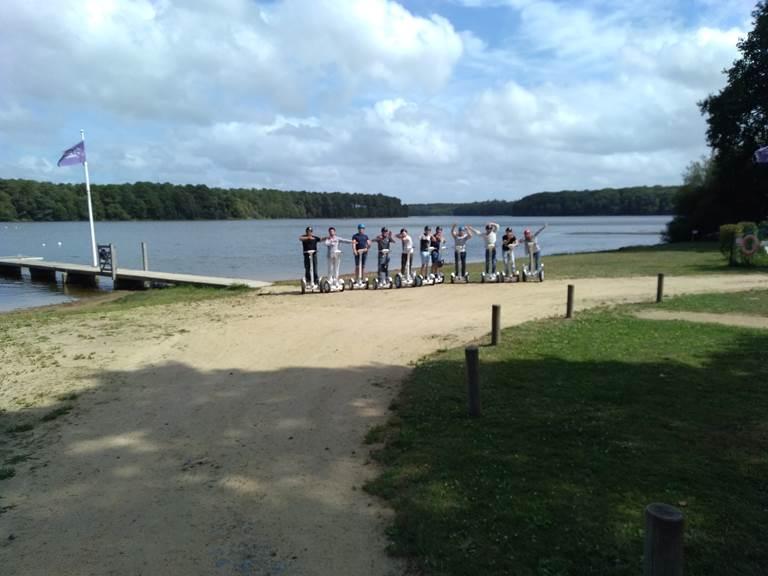 Equipe en pause photo à l'arrivée. 082019.