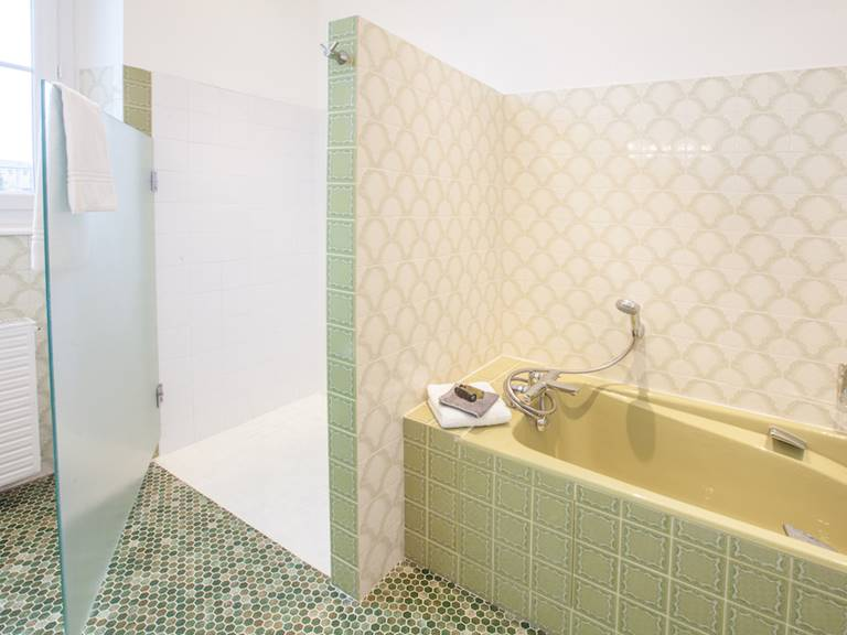 Suite ST Taurin SDB Douche italienne