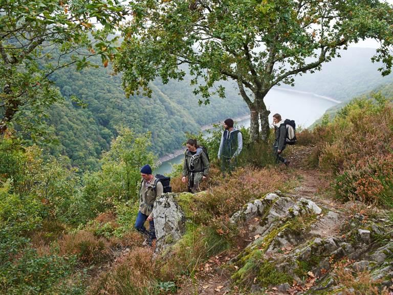 Randonnée au Belvédère départ de l'Itinérève, La Dordogne de villages en barrages