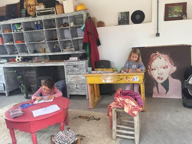 les enfants à l'atelier