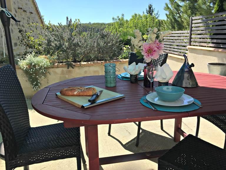 Un repas en terrasse La Grangette