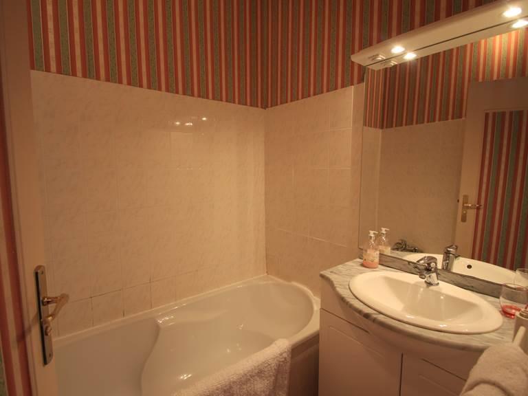 Salle de bain chambre  Alexandrine