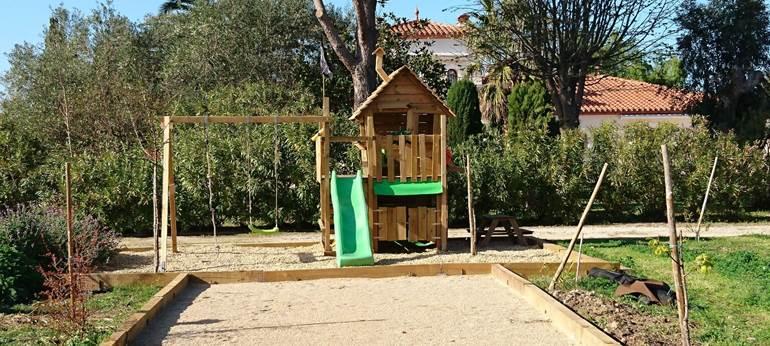 aire de jeux enfants du Mas Picton
