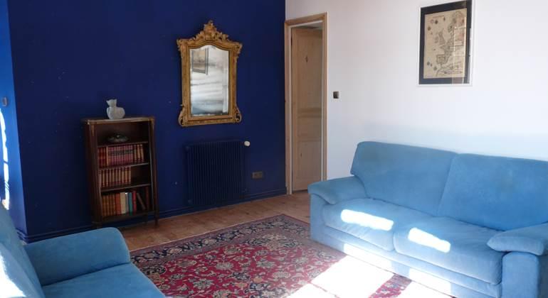 le salon avec son canapé lit